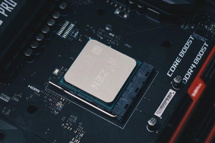 Detalhe de um chip AMD Ryzen.