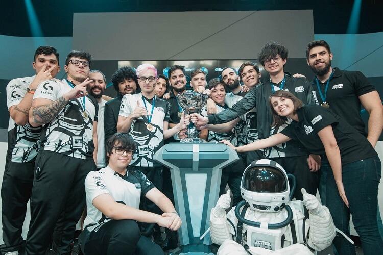 A equipe INTZ de League of Legends.